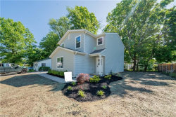 Photo of 989 Peach Blvd, Willoughby, OH 44094 (MLS # 4033168)