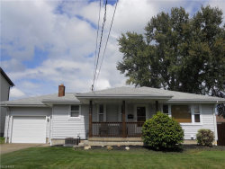 Photo of 463 Como St, Struthers, OH 44471 (MLS # 4037645)