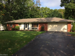 Photo of 1043 Shepard Hills Blvd, Macedonia, OH 44056 (MLS # 4045572)