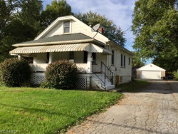 Photo of 238 Laurel St, Youngstown, OH 44505 (MLS # 4047071)