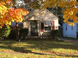 Photo of 868 Cambridge Ave, Youngstown, OH 44502 (MLS # 4049479)