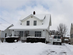 Photo of 2008 Everett Ave, Youngstown, OH 44514 (MLS # 4050136)