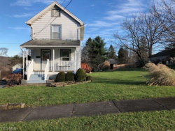 Photo of 46 Prospect St, Struthers, OH 44471 (MLS # 4056479)