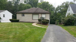 Photo of 37 Willow Dr, Youngstown, OH 44512 (MLS # 4061552)