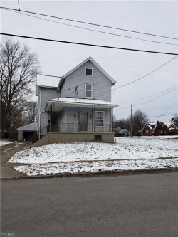 Photo of 96 Woodland Ave, Campbell, OH 44405 (MLS # 4064519)