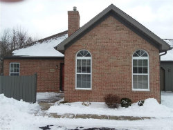 Photo of 8050 Harbor Creek Dr, Unit 2904, Mentor, OH 44060 (MLS # 4064645)