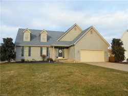 Photo of 8 Willow Bend Dr, Canfield, OH 44406 (MLS # 4071449)