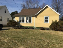 Photo of 1422 Douglas Ave, Youngstown, OH 44502 (MLS # 4072183)
