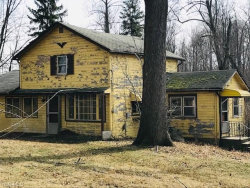 Photo of 145 East Calla Rd, Youngstown, OH 44514 (MLS # 4076512)