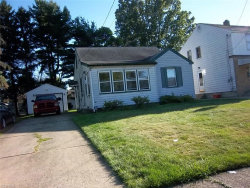 Photo of 727 Wilbur Ave, Youngstown, OH 44502 (MLS # 4077300)