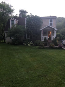 Photo of 18512 Haskins Rd, Chagrin Falls, OH 44023 (MLS # 4086960)