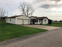 Photo of 8601 Mapleford St Southwest, Navarre, OH 44662 (MLS # 4088393)