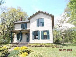 Photo of 725 North Main St, Poland, OH 44514 (MLS # 4094190)