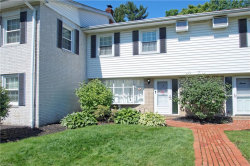 Photo of 10 Meadowlawn Dr, Unit 13, Mentor, OH 44060 (MLS # 4105186)