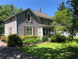 Photo of 305 North Cleveland St, Chagrin Falls, OH 44022 (MLS # 4109566)