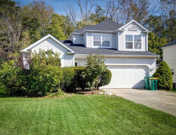 Photo of 109 Middle Post Pt, Chardon, OH 44024 (MLS # 4137529)