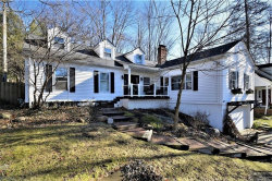 Photo of 180 Elm Ct, Chagrin Falls, OH 44022 (MLS # 4143155)