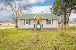 Photo of 407 Louise Ave, Kent, OH 44240 (MLS # 4155334)