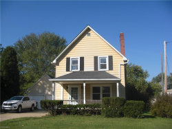 Photo of 14938 Lake St, Middlefield, OH 44062 (MLS # 4187328)