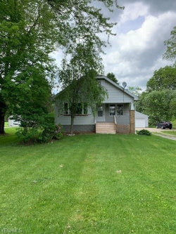Photo of 5162 Center Rd, Lowellville, OH 44436 (MLS # 4193903)