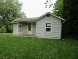 Photo of 5185 Pinecrest Dr, Zanesville, OH 43701 (MLS # 4194553)