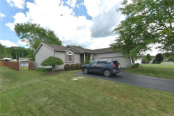 Photo of 1995 Fox Chase, Austintown, OH 44515 (MLS # 4198724)