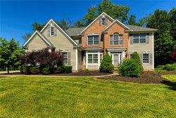 Photo of 680 South Sussex Ct, Aurora, OH 44202 (MLS # 4199781)