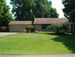 Photo of 5326 Old Oxford Ln, Youngstown, OH 44512 (MLS # 4200573)