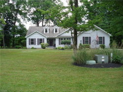 Photo of 6016 Lakeview Dr, Hubbard, OH 44425 (MLS # 4203761)