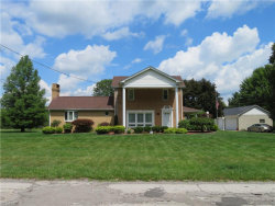 Photo of 3150 Oak Street Ext, Youngstown, OH 44505 (MLS # 4211373)