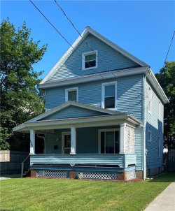 Photo of 1932 Pointview Ave, Youngstown, OH 44502 (MLS # 4213032)