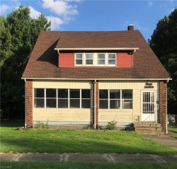 Photo of 788 Caledonia St, Youngstown, OH 44502 (MLS # 4222362)