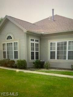Photo of 5645 Clingan Rd, Unit 17D, Struthers, OH 44471 (MLS # 4231807)