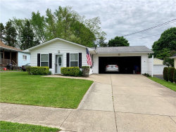 Photo of 182 Perry St, Struthers, OH 44471 (MLS # 4232581)