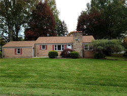 Photo of 2329 Parkway Dr, Poland, OH 44514 (MLS # 4232864)