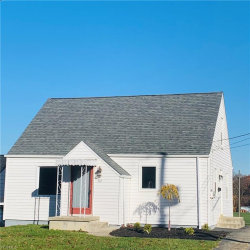 Photo of 52 East Oakland Blvd, Struthers, OH 44471 (MLS # 4239263)