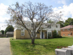 Photo of 919 Cook Ave, Unit 2, Youngstown, OH 44512 (MLS # 3990088)
