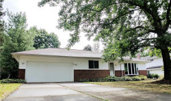 Photo of 6437 Woodbury Dr, Solon, OH 44139 (MLS # 4023927)
