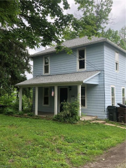 Photo of 15872 Grove St, Middlefield, OH 44062 (MLS # 4103506)