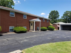 Photo of 362 Meadowbrook Ave, Unit 1, Youngstown, OH 44512 (MLS # 4223141)