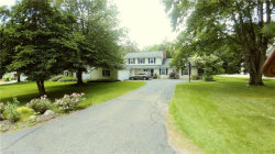 Photo of 17084 Sunset Dr, Chagrin Falls, OH 44023 (MLS # 4234143)
