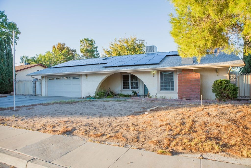 Photo for 516 W Wildrose AVE, Ridgecrest, CA 93555 (MLS # 1956422)