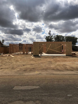 Photo of 945 W Willow AVE, Ridgecrest, CA 93555 (MLS # 1956802)