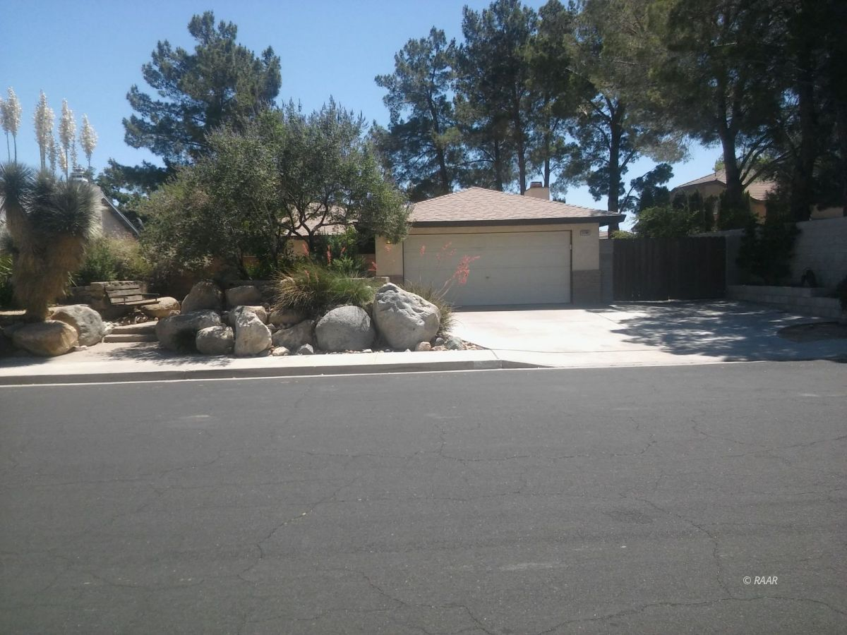 Photo for 1100 N Inyo ST, Ridgecrest, CA 93555 (MLS # 1957164)