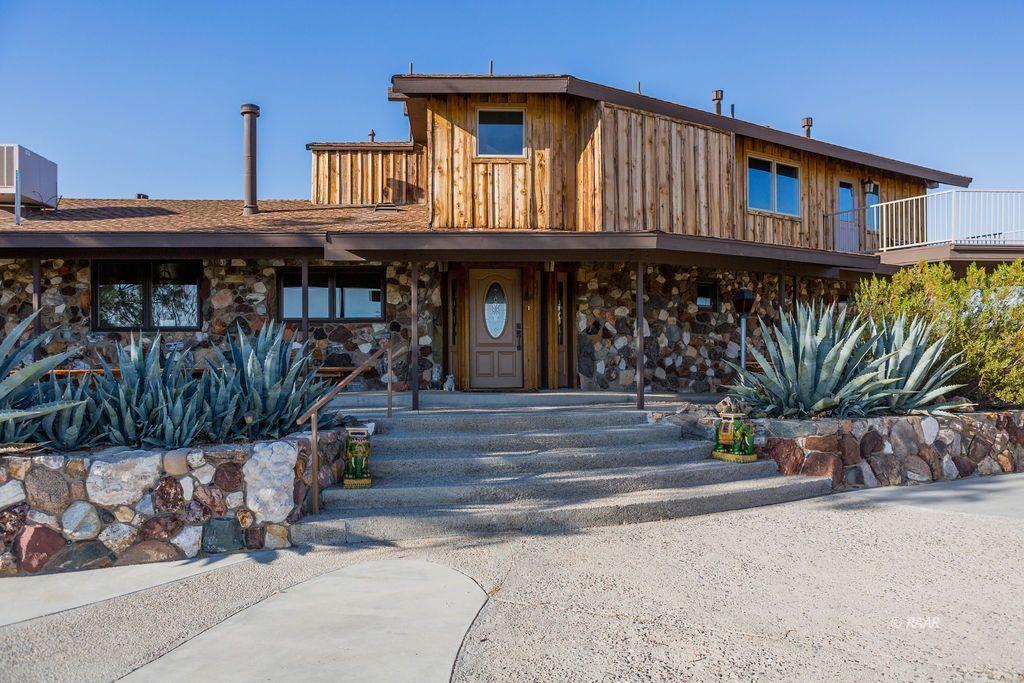 Photo for 430 Magna Vista, Ridgecrest, CA 93555 (MLS # 1957210)