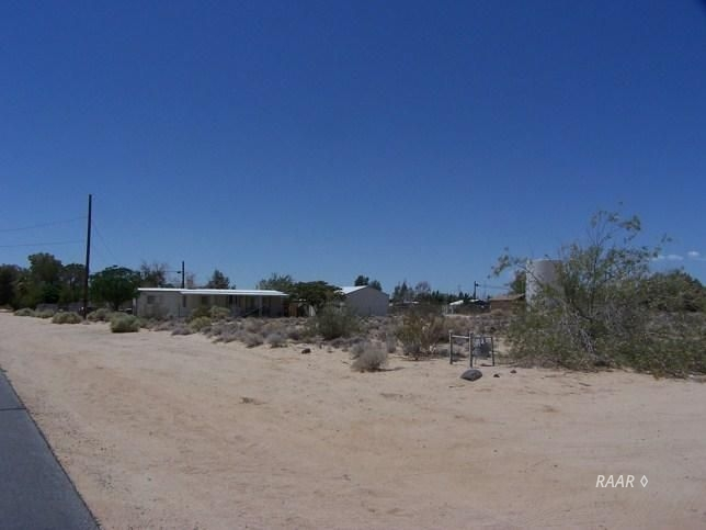 Photo for 352-112-04 Strecker ST, Ridgecrest, CA 93555 (MLS # 1954783)