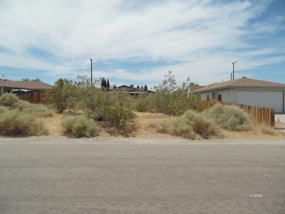 Photo for 1229 Ranger ST, Ridgecrest, CA 93555 (MLS # 1957315)