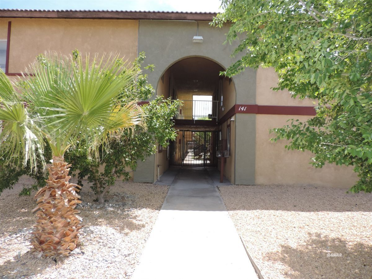 Photo for 141 W Upjohn #205 AVE, Ridgecrest, CA 93555 (MLS # 1957207)
