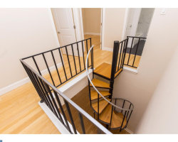 Photo of 44-46 S 3rd St #4r, Philadelphia, PA 19106 (MLS # 7072100)