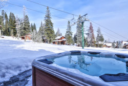 Photo of 77 Clearwater Court, Tamarack, ID 83615 (MLS # 522693)